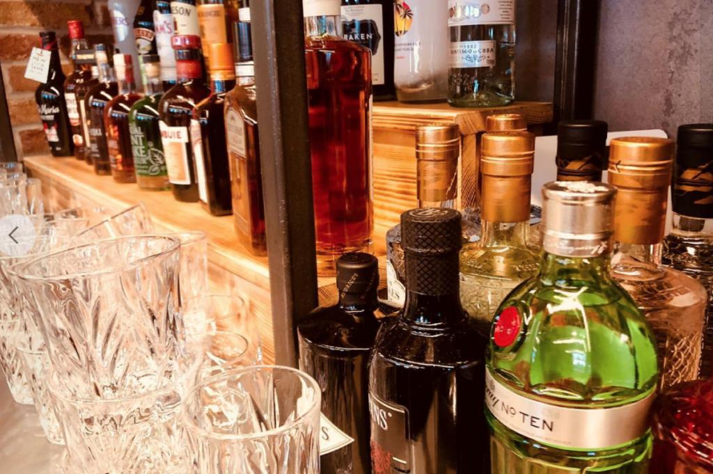 the peddler bar
